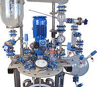 High pressure reactors